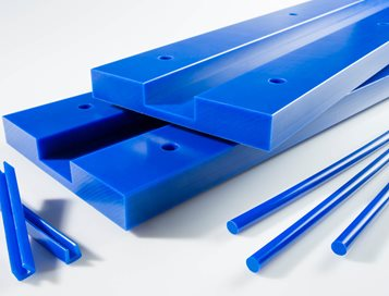 UHMW LubX® CV chain guides reduce friction and wear (Case Study at Curbell Plastics)